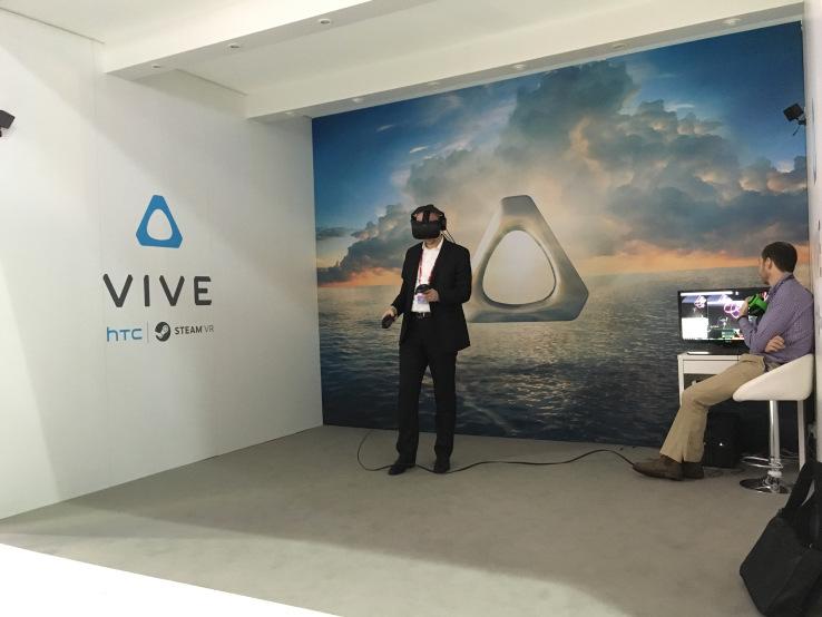 HTC będzie musiało sprzedać VIVE?