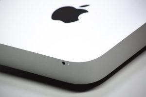 Apple logo spowalnianie telefonów
