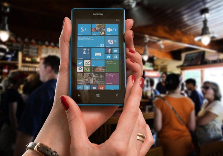 Microsoft w końcu przyznaje, że mobilny Windows umarł