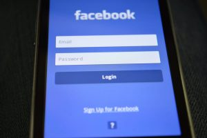 Odblokowanie Facebooka