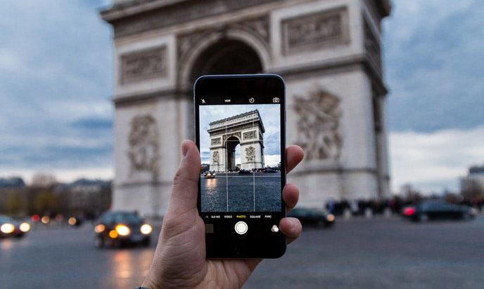 UKE daje kolejne zgody na dopłaty za roaming