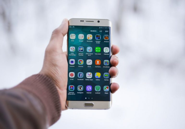 Jak zrobić zrzut ekranu na telefonie?