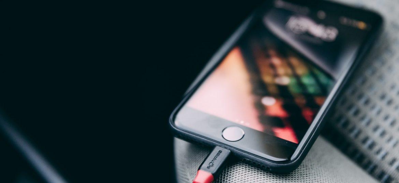 Smartfony z dobrą baterią