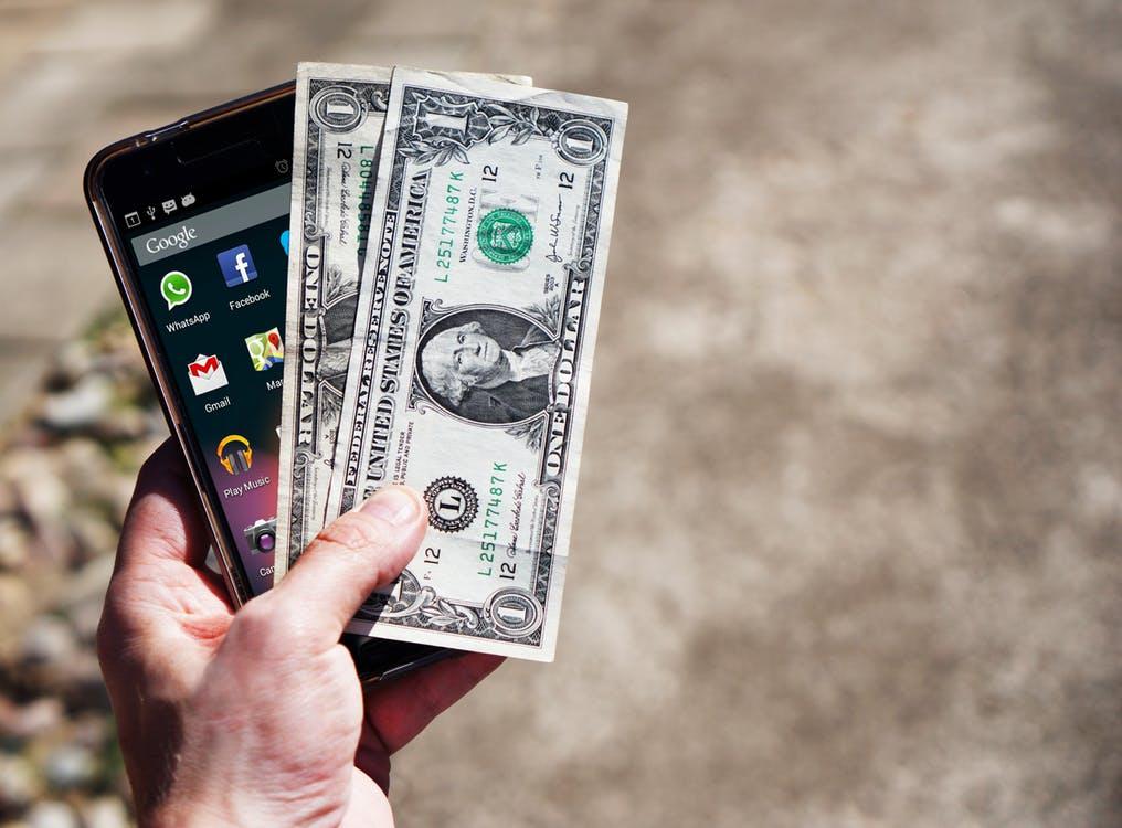 Abonament z telefonem - czy to się w ogóle opłaca