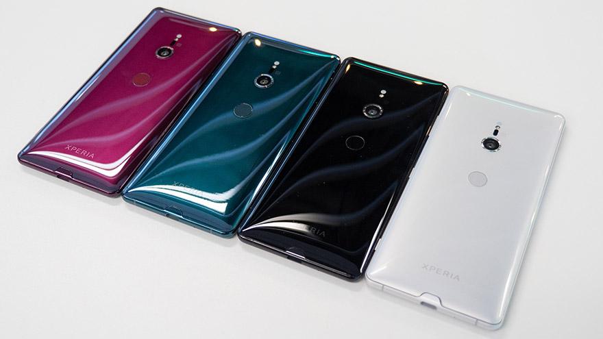 Abonament z telefonem - czy to się w ogóle opłaca Sony-Xperia-XZ3