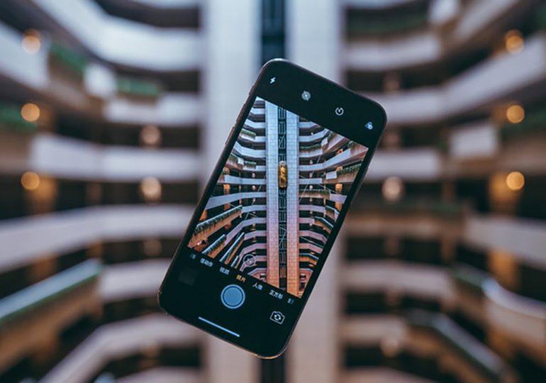 Kto sprzedaje najwięcej smartfonów z segmentu Premium?