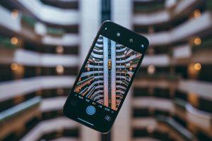 kto sprzedaje najwięcej smartfonów