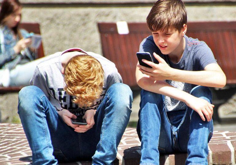 Kontrola rodzicielska w Androidzie - jak chronić dzieci w sieci?