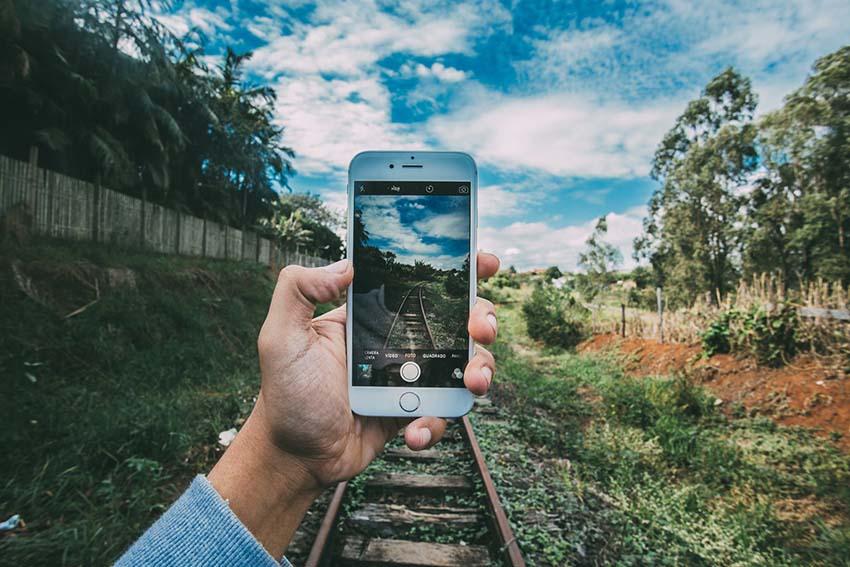 Jak zgrać zdjęcia z iPhone na komputer?