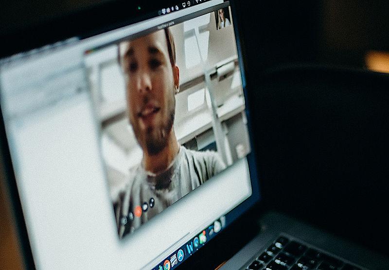 Najlepsze aplikacje do rozmów video z rodziną i przyjaciółmi
